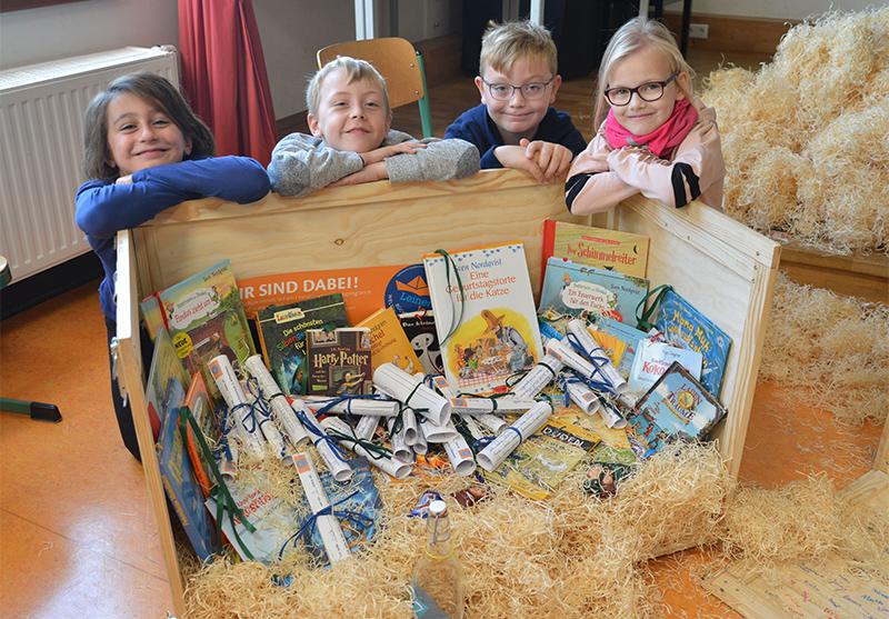 Seekiste voller Bücher von Wilhelmsburg nach Harvestehude
