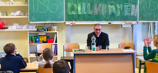 Erzbischof Heße zu Gast am Niels-Stensen-Gymnasium