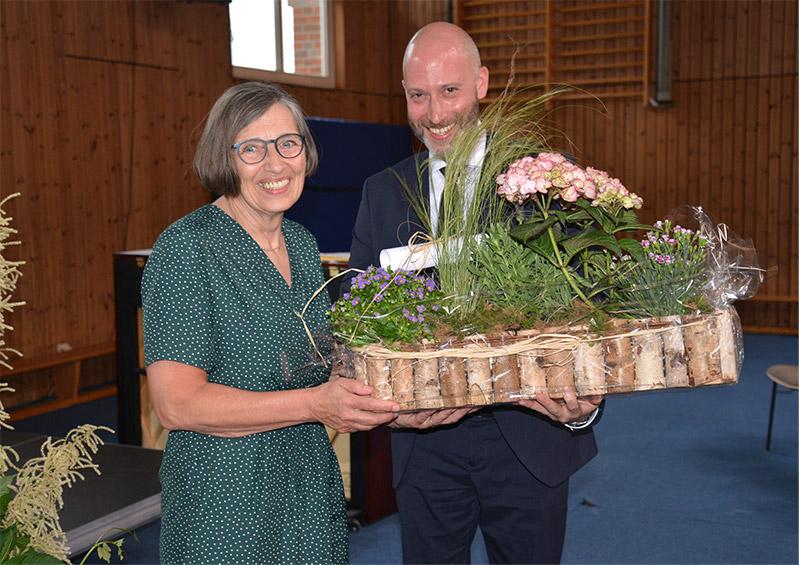 Katholische Schule Altona: Großer Abschied für Schulleiterin Bärbel Dörnte