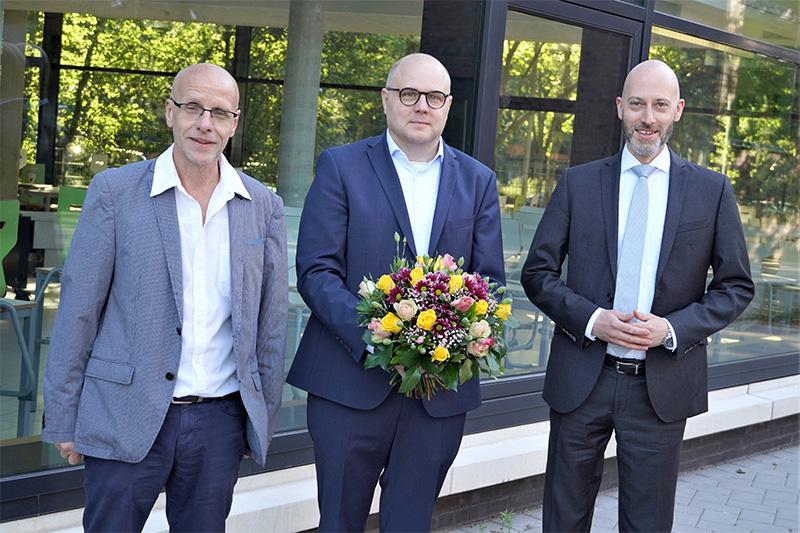"""Billstedt: """"Bau-Manager"""" Busenbender übergibt Schulleitung an Stüper"""