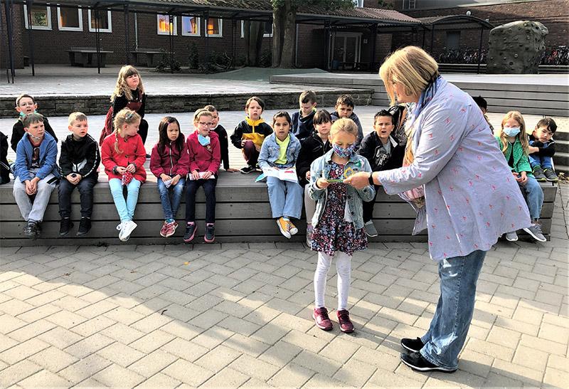 Mit Witz & Phantasie: Billstedter Grundschüler schreiben Polizei-Geschichte